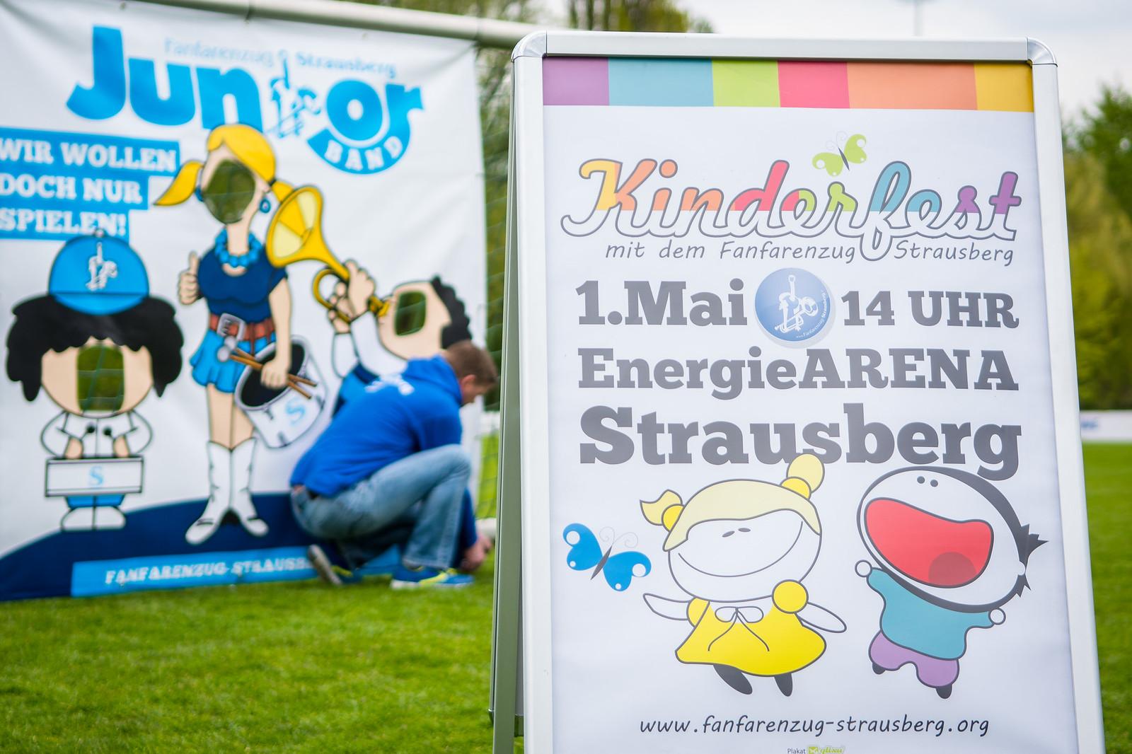 FANFARENZUG-STRAUSBERG-KINDERFEST-FOTO